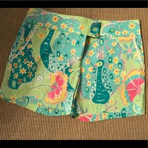 Lilly Pulitzer peacock shorts size 8 5 inch EUC